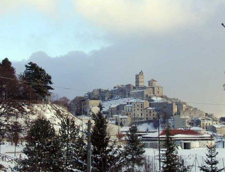 Ciaspolata a Castel del Monte